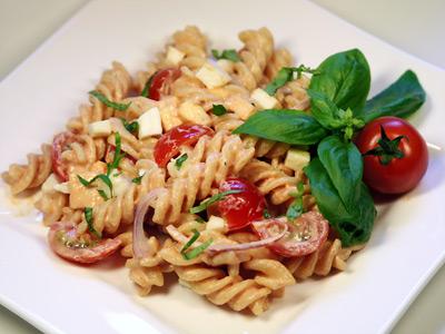 Italienischer Nudelsalat Mit Mozzarella Nudelsalat Rezeptde